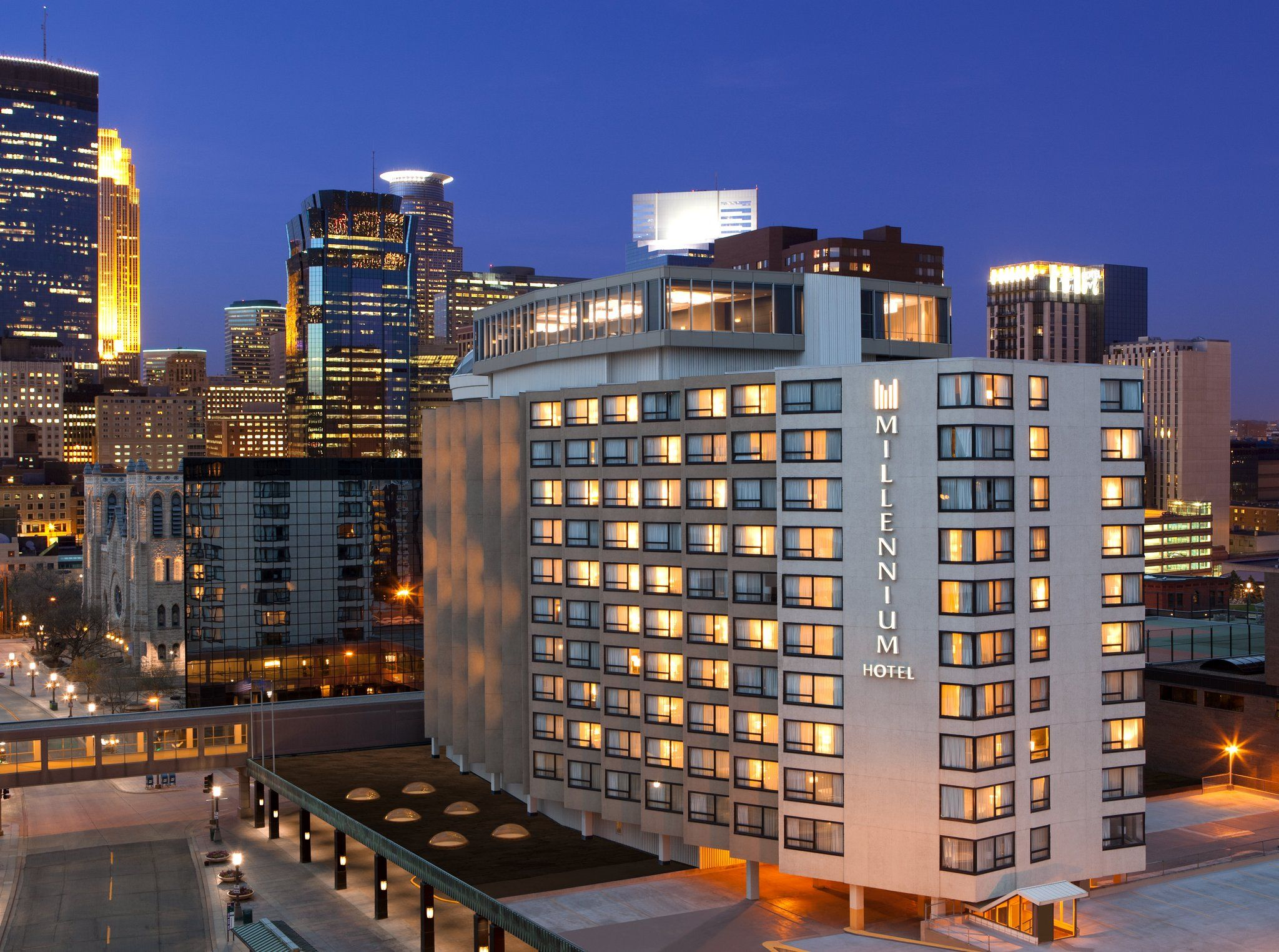Hotels In Minneapolis Millennium Hotels And Resorts With Images Millennium Hotel Minneapolis Hotels Copthorne Hotel