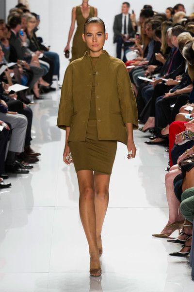 Ralph chado rucci spring runway review forecast dress in everyday in 2019