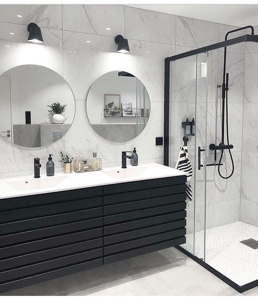 Interiorsdeco On Instagram Hello Ig Un Peu De Modernite Avec Cette Jolie Salle De Bain Black Round Mirror Bathroom Stylish Bathroom Bathroom Interior Design