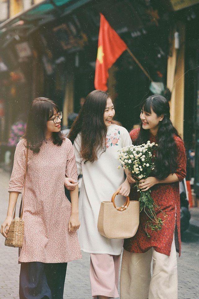 Ghim trên VIETNAMESE DRESS