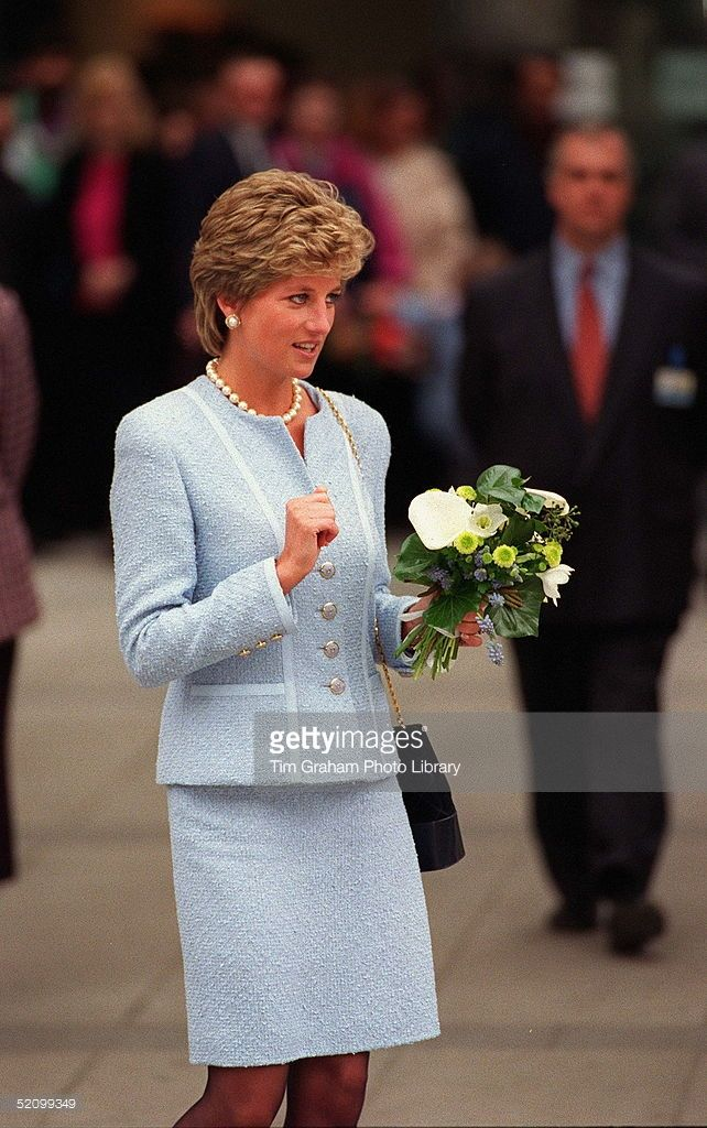 Diana Princess Of Wales Visiting Great Ormond Street Hospital For Children In London. She Is Wearing A Pale Blue Louis Feraud Boucle Suit  (Photo by Tim Graham/Getty Images)