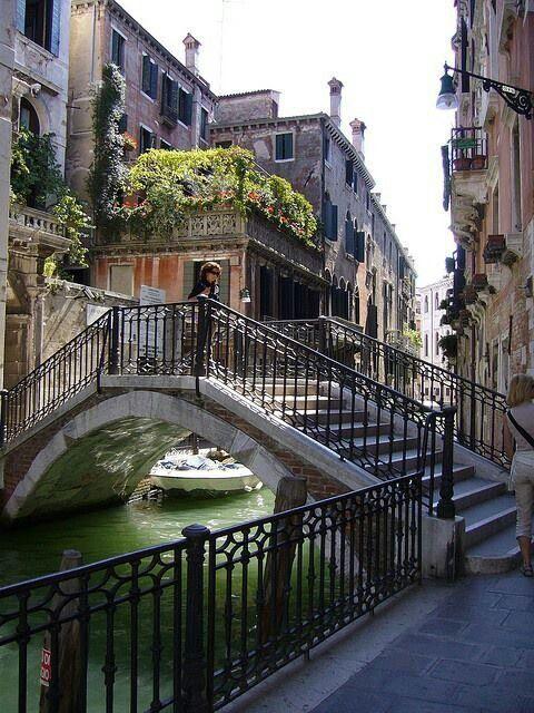 #Venice #bridge #italy