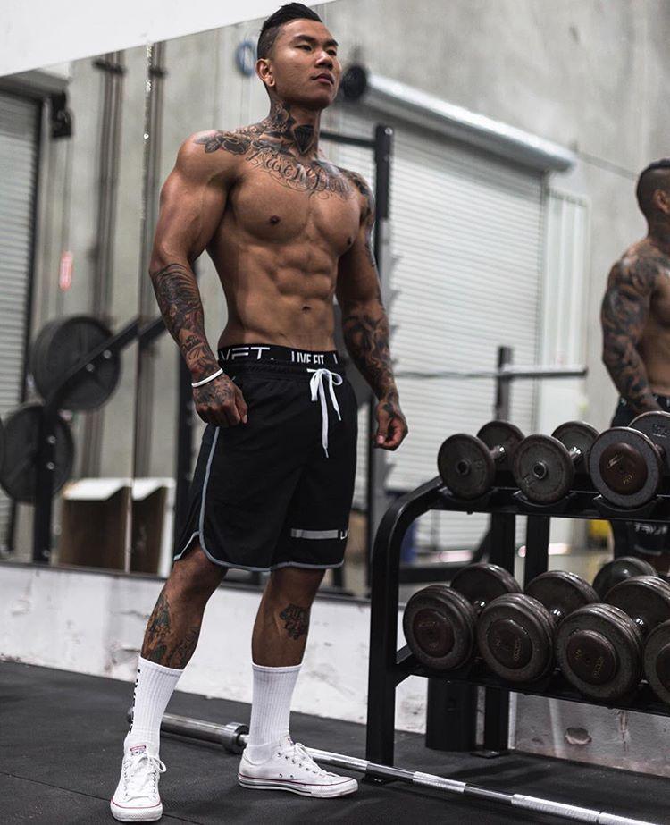 d33952158fdf Randall Pich is body goals!!