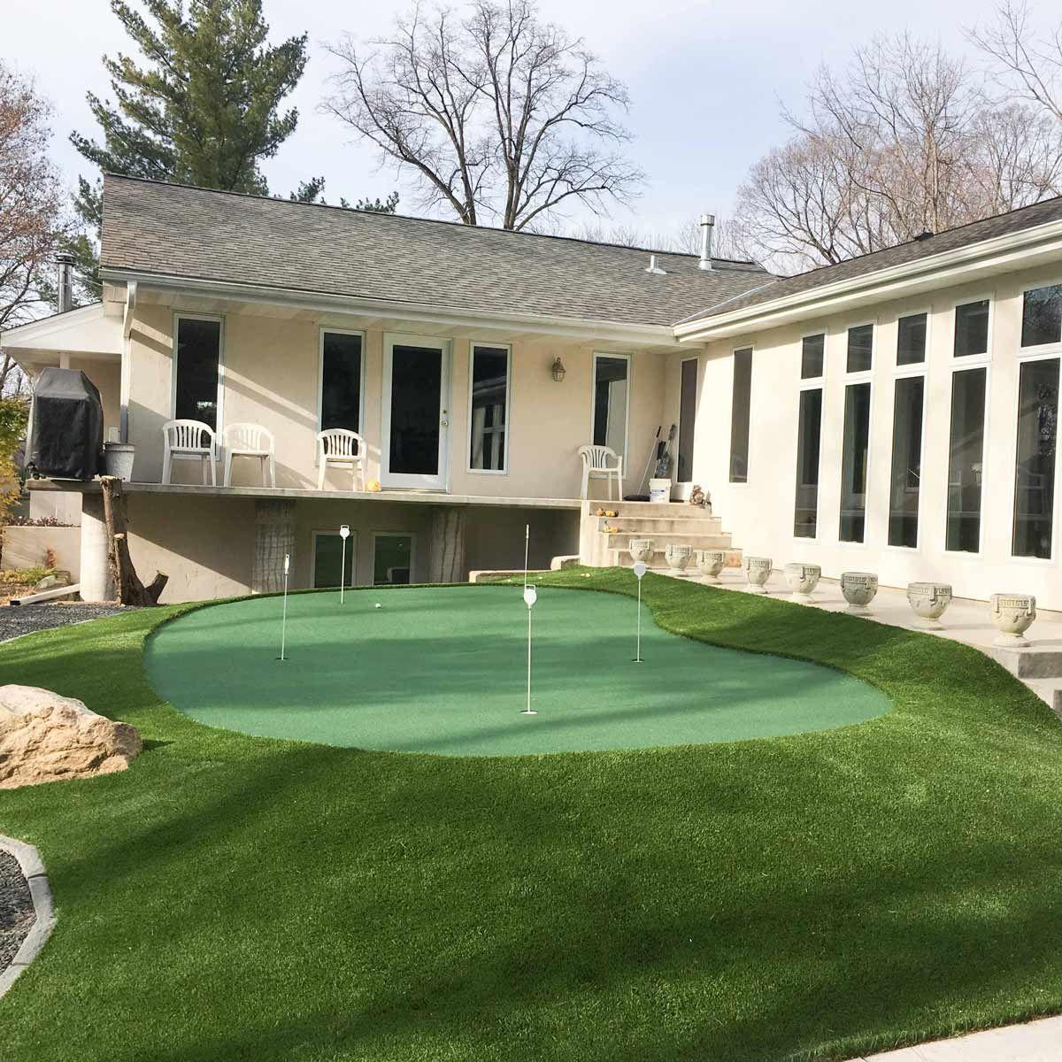 19 crazy cool backyard putting greens in 2020 backyard