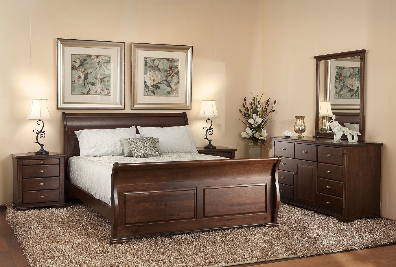 Combine walnut bedroom furniture with interior decor - Designalls