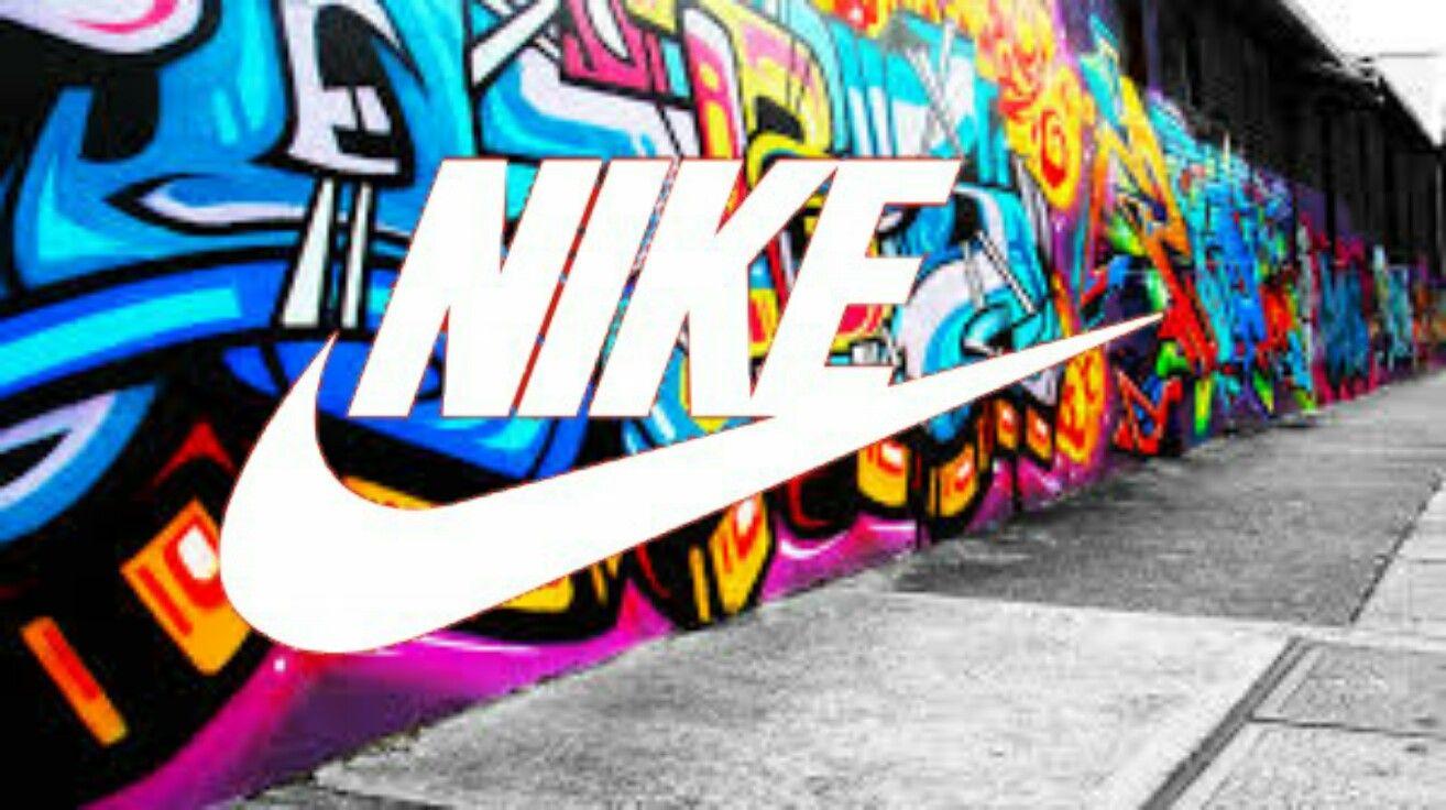 Graffiti Nike Logo  9b54bab1bc1e