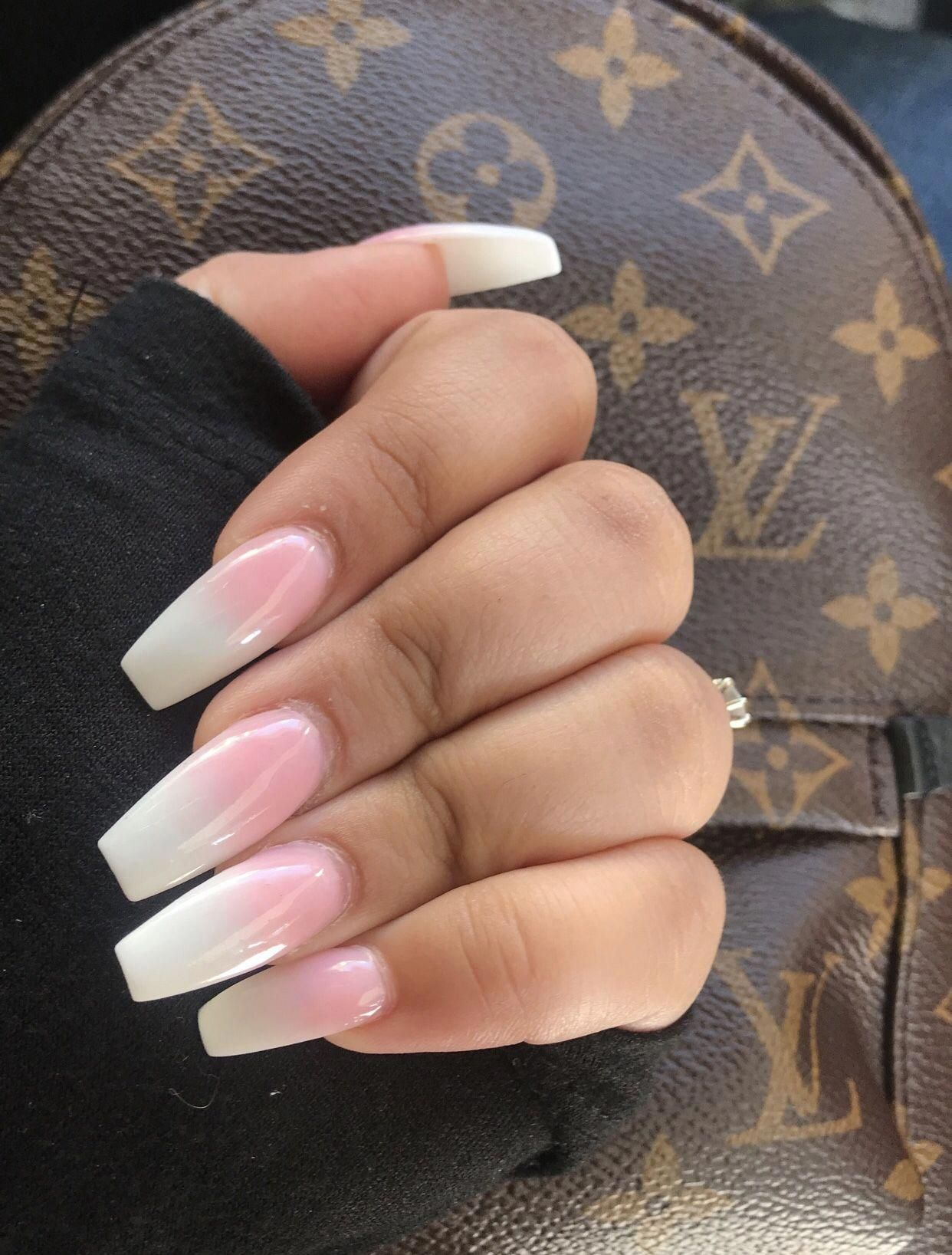 White Pink Ombre Coffin Nails Acrylic Powder Typesofnaildesigns Black Acrylic Nails Acrylic Nail Liquid White Nails