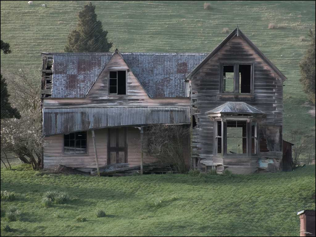Dilapidated Homestead We Are Looking For An Old Fixer
