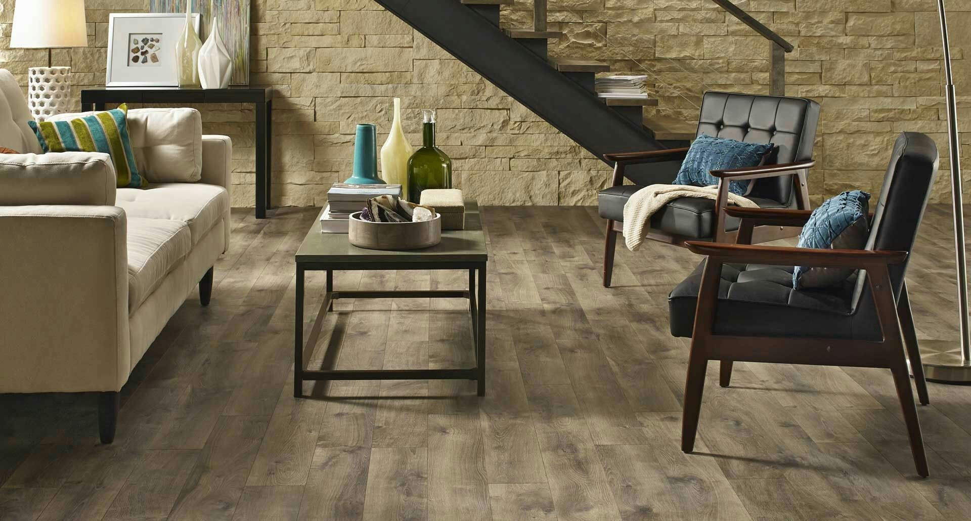 Southern Grey Oak Ergoxp 10mm W 2mm Attached Underlayment Med Misty Beige Oak Matte 6 14 X47 25 1 Pergo Flooring Oak Laminate Flooring Grey Laminate Flooring