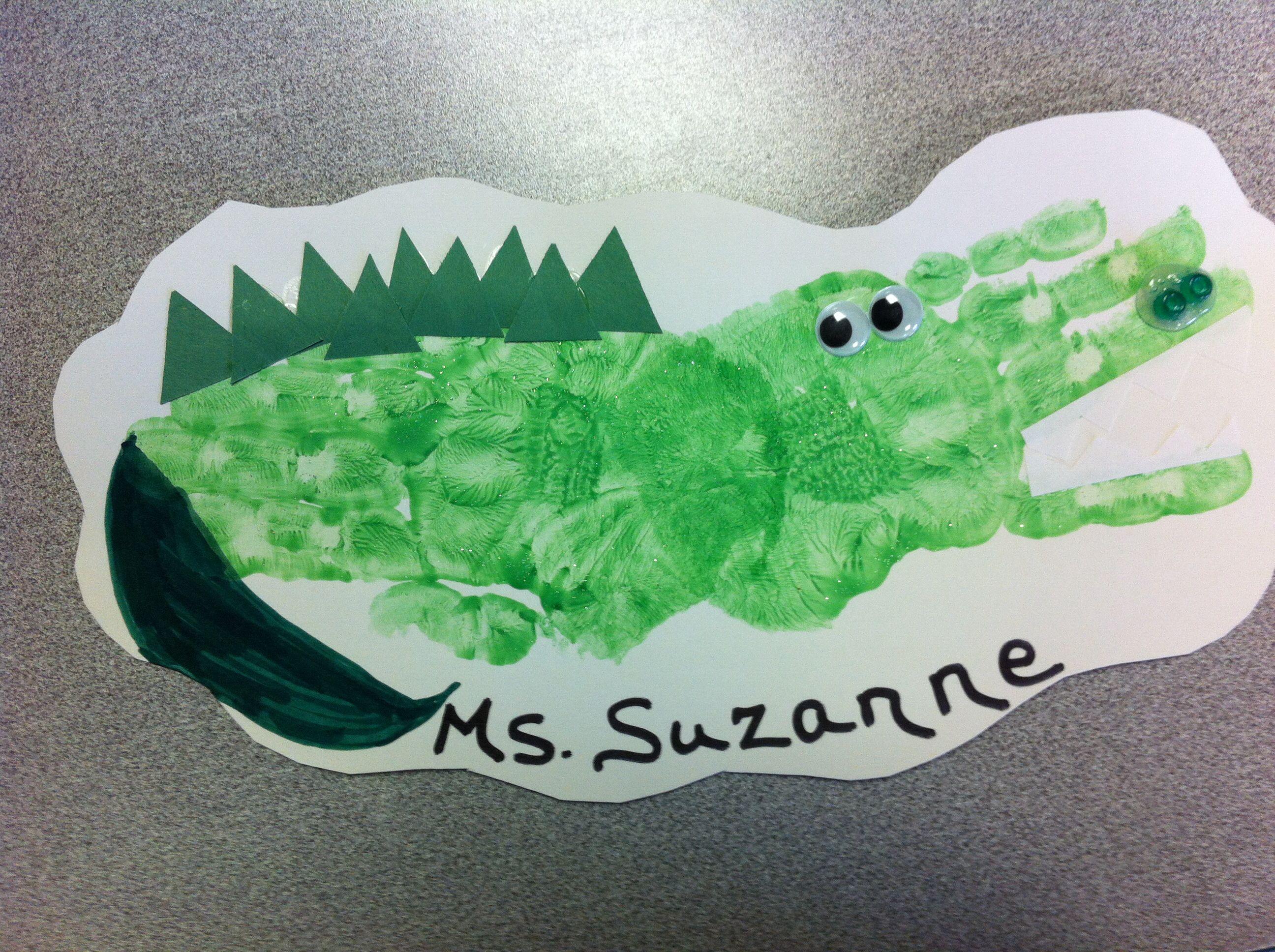 Alligator Handprint Craft For Preschoolers