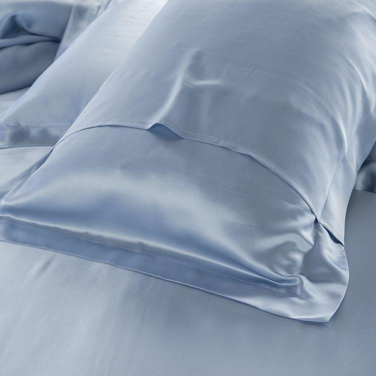 19 momme seamless silk bedding set light blue 4 http