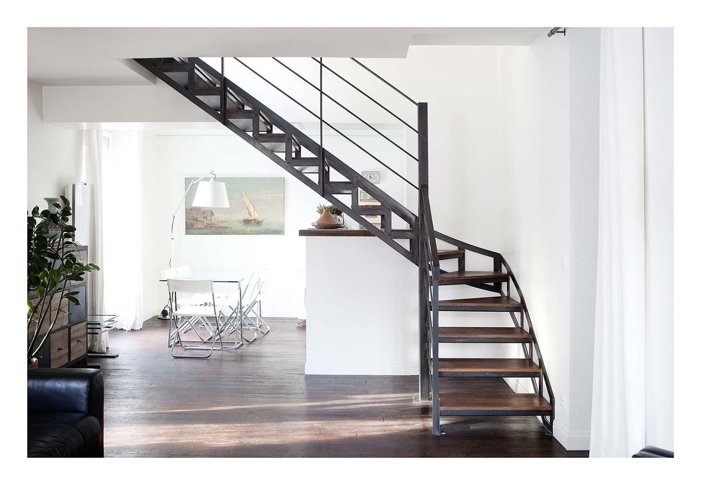 l escalier sculpture vertigineuse staircase railings steel stairs and wood steel. Black Bedroom Furniture Sets. Home Design Ideas