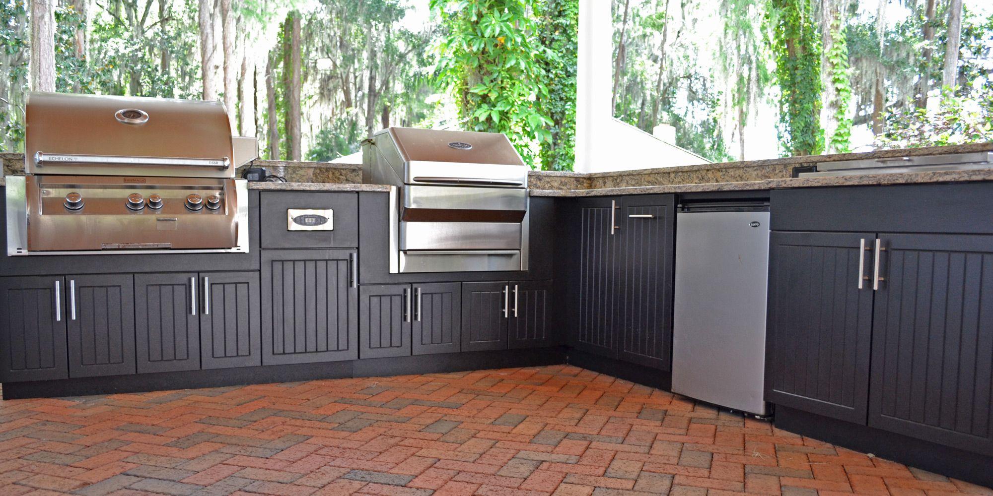 Https Www Daniellefence Com Image 20library Photo 20gallery Outdoor 20kitchens Premium Polymer Outdoor Kitchen In 2020 Black Kitchens Outdoor Kitchen Outdoor Storage
