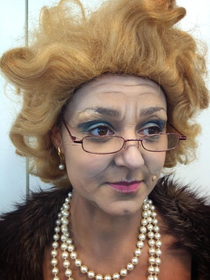 deep old age crease with 80\'s inspired/ vegas prostitution makeup ...