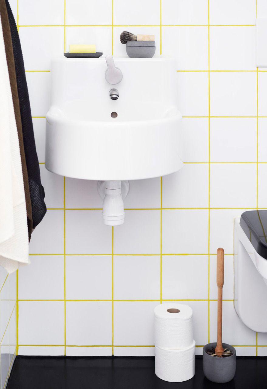 Leuk idee; witte tegels, maar gekleurde voegen ;) | Bathroom | Bagno ...
