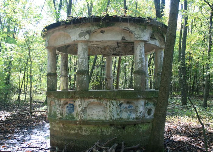 Ruins of Lakeview Castle, Hartford, IL | Madison County, Illinois ...