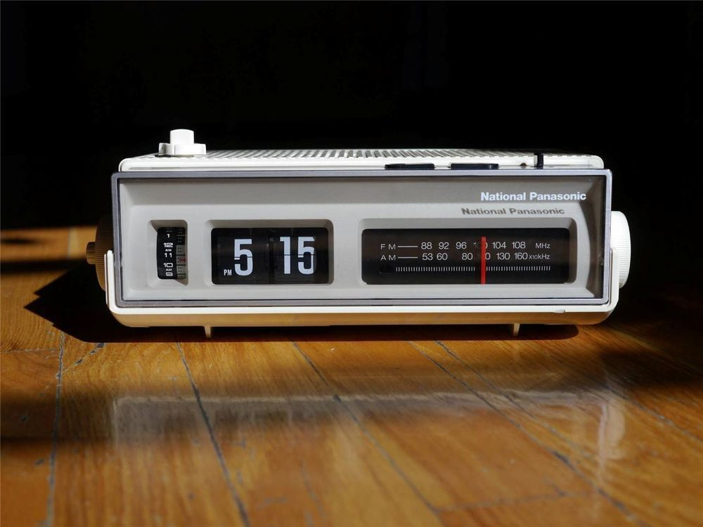 Panasonic Flip Clock Vintage Radio Alarm Eamaes Danish Space 220v 50hz Vintage Clock Clock Flip Clock