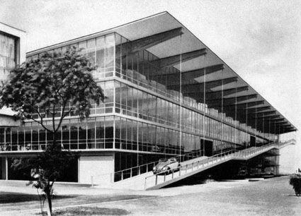 1953 Parkhaus Haniel in Dusseldorf juxtaposes poured-concrete