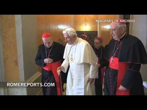 http://www.romereports.com/palio/francisco-recibe-a-benedicto-xvi-en-su-regreso-al-vaticano-spanish-9931.html#.UYNpG7V7IVU Francisco recibe a Benedicto XVI en su regreso al Vaticano