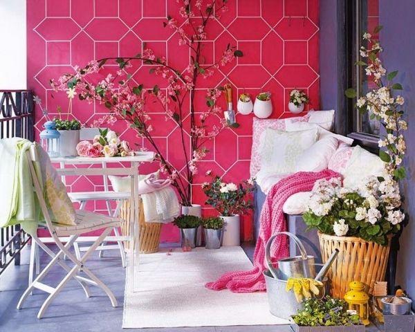 balkon gestalten-wand-pink gemustert Gartenstuhl-Wohntextilien - ideen balkon und dachterrasse gestalten
