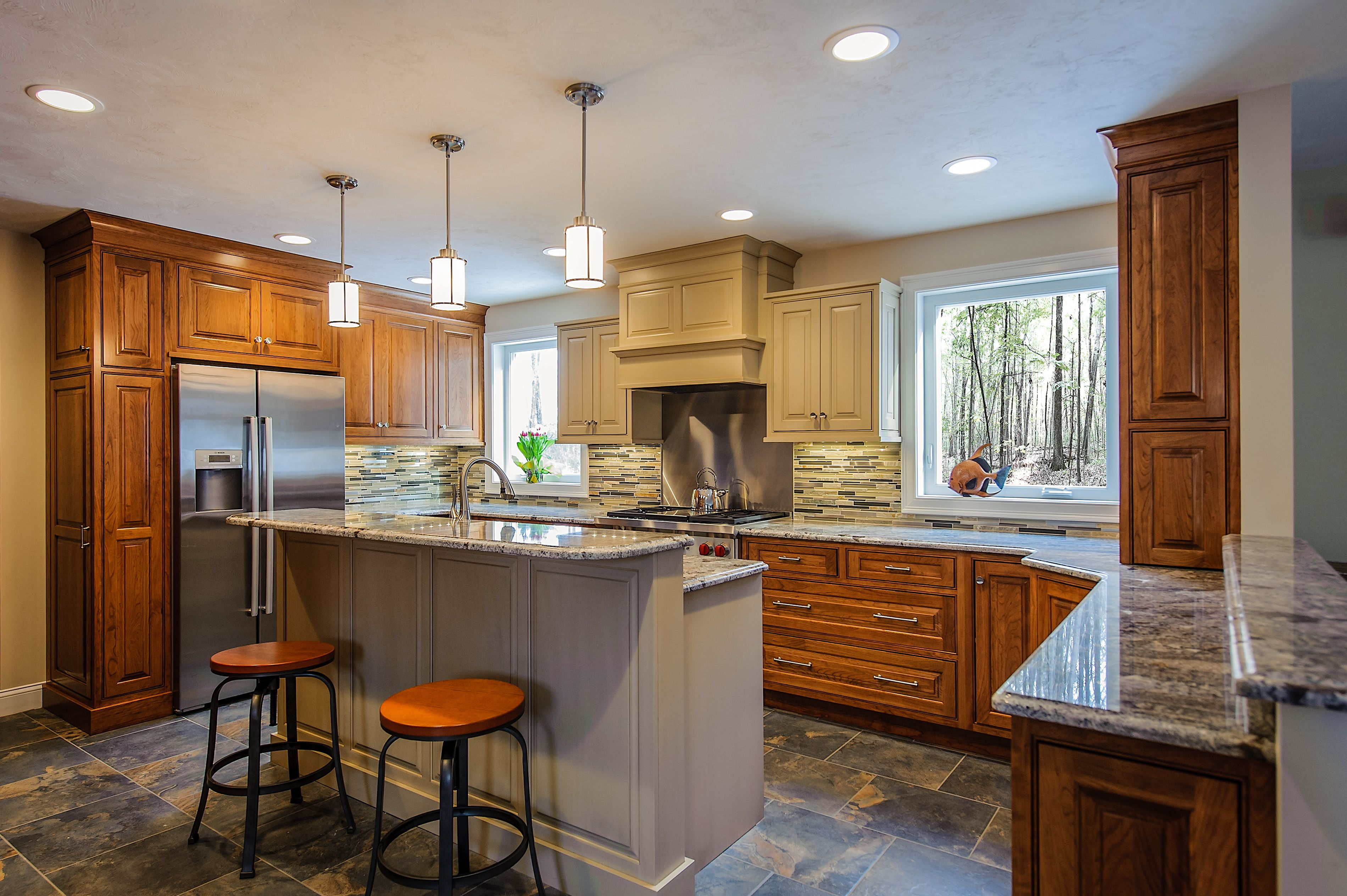 Pin On Kitchen Remodels By Apple Wood Kitchen And Bath