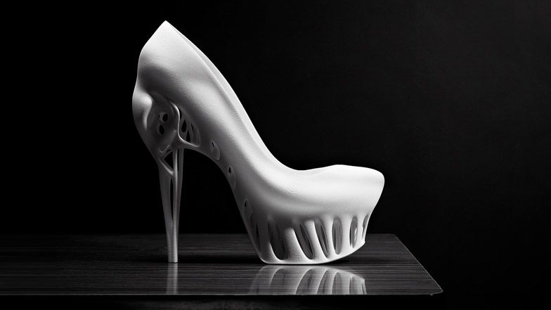 Biomimicry shoe by Marieka Ratsma via Dezeen
