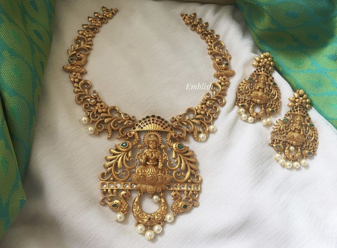 Antique Imitation Jewellery Design