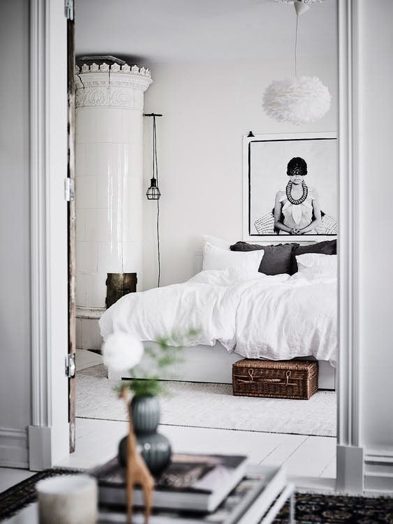 Hld Scope Cleaning Room Design: Set The Mood: How To Design A Romantic Bedroom