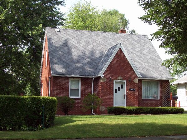 Roofing Shingle Image Gallery Sherriff Goslin Company Residential Roofing Roof Shingles House Roof