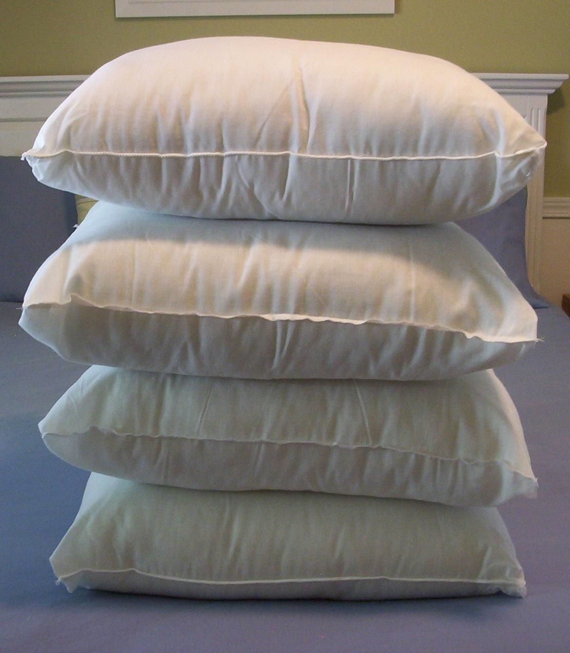 Decorative Pillow Forms : This Thrifty House: Make Your Own Pillow Forms from cheap bed pillows. Just some cutting and ...