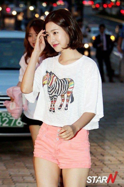Jin Se-Yeon 진세연 허벅지 61p