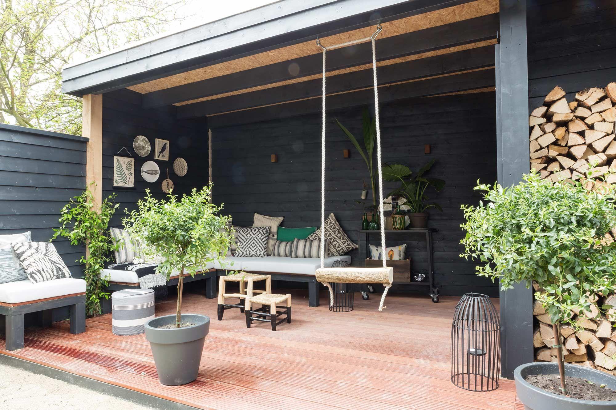 Épinglé par Lisa Bradley sur balcony and terrace  Abris de jardin