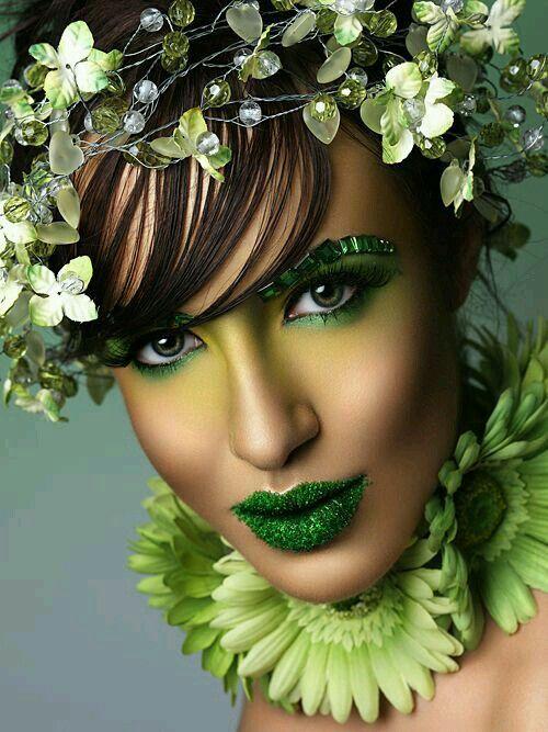 Makeup 8 idées et tutos pour porter le vert maquillage