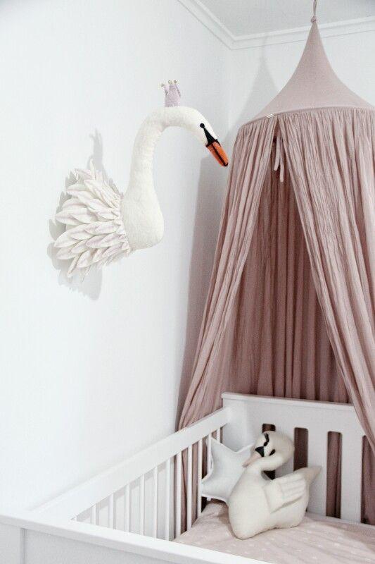 ciel de lit vieux rose numero 74 chambres d 39 enfants pinterest vieux rose ciel de lit. Black Bedroom Furniture Sets. Home Design Ideas
