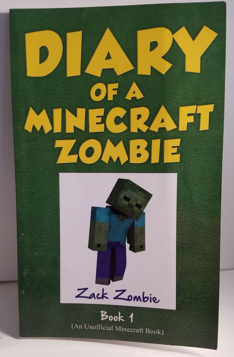 Diary of a minecraft zombie scare of a dare 1 by zack