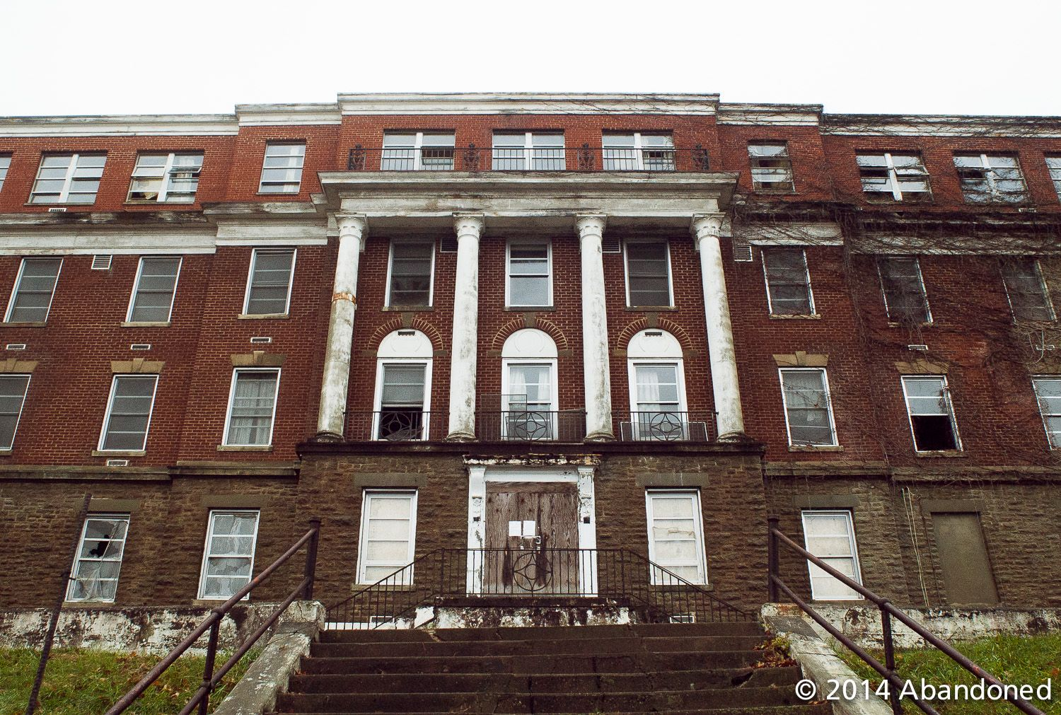Haunted Hayswood Hospital Maysville KY