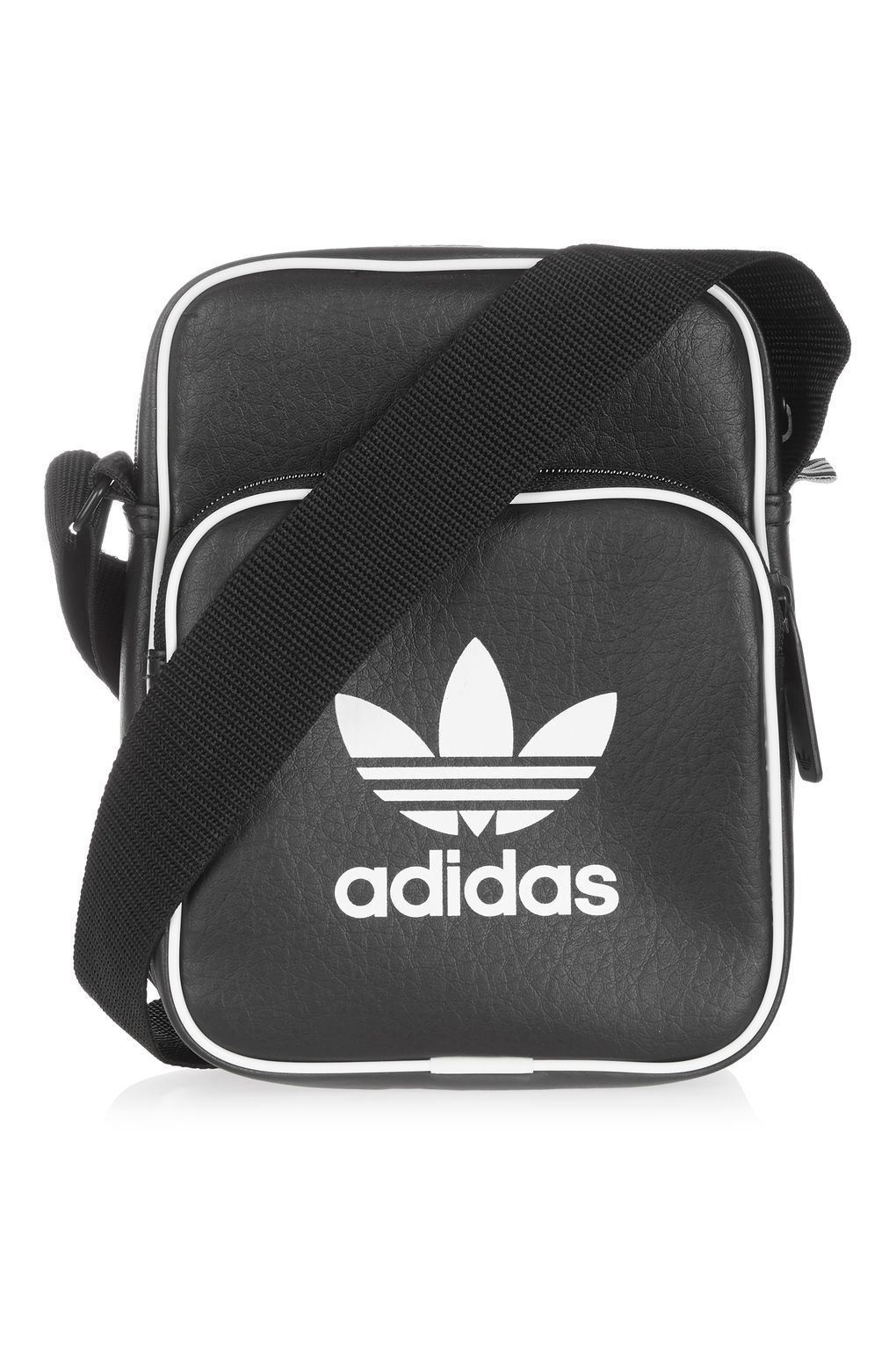 6a8d96ca8 Adidas Originals Side Bag Mini Vintage Black Faux Leather Flight Bag  Shoulder #adidas #MessengerShoulderBag | Bags em 2019 | Black adidas, Bags  e Vintage ...