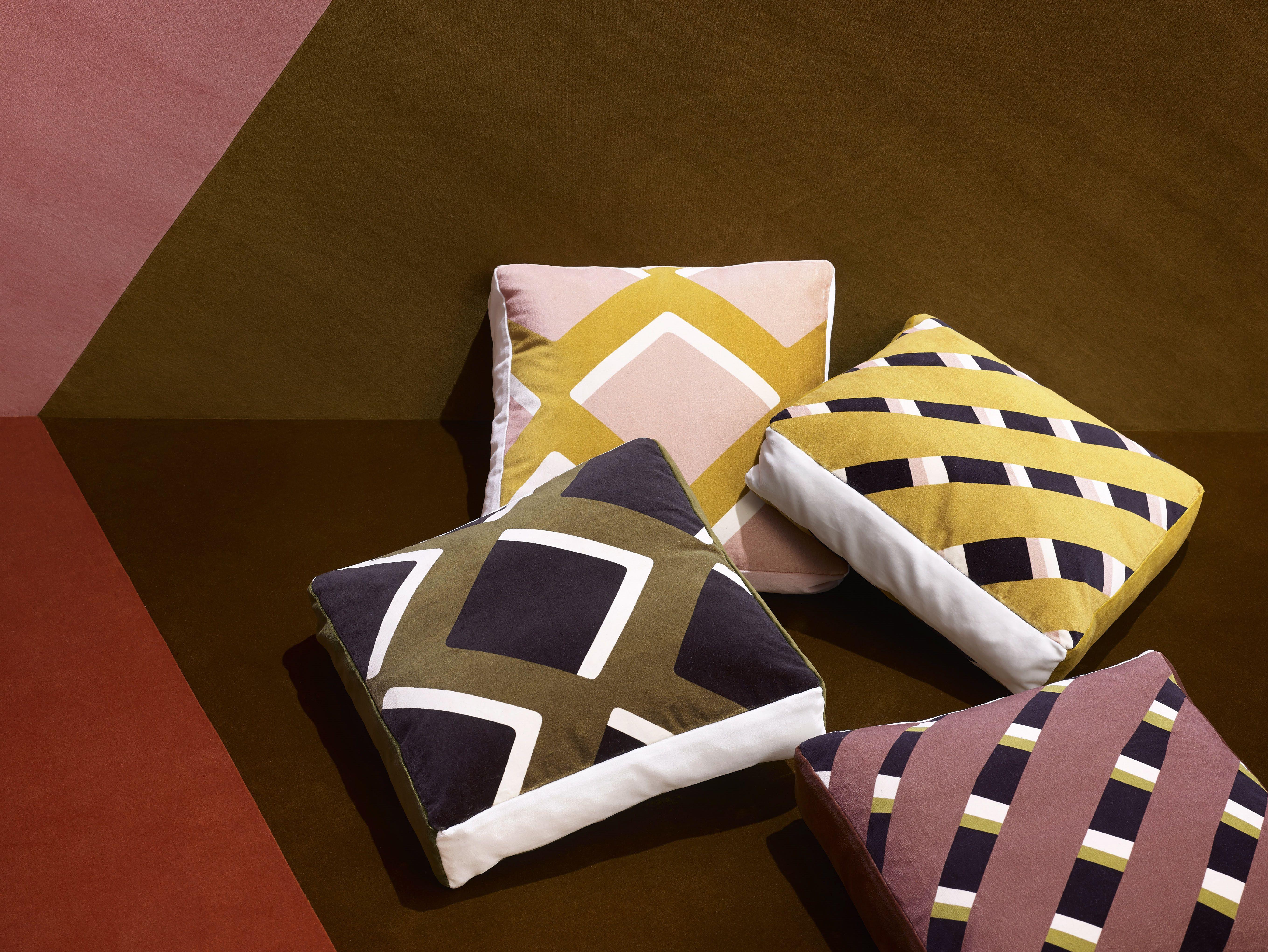 True Velvet  A Bold, Medium, Fine Colored Velvet Collection