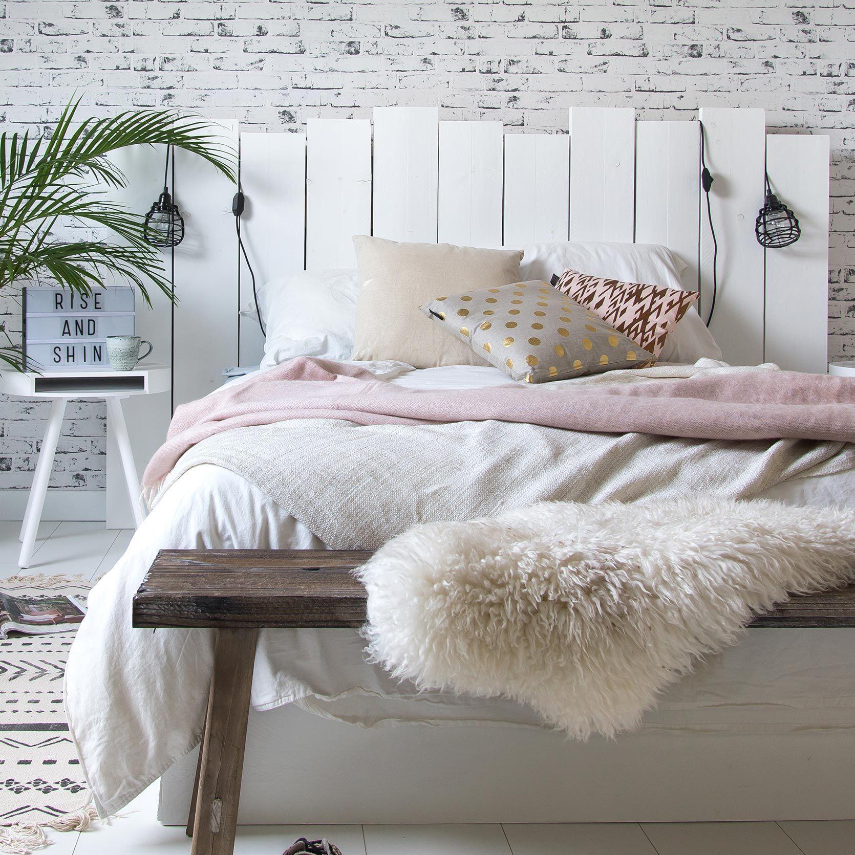 houten hoofdbord plant bankje voor bed nachtkastje. Black Bedroom Furniture Sets. Home Design Ideas
