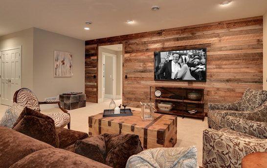 modernes wohnzimmer design mit wandverkleidung aus brettern, braunem - Wohnzimmer Braunes Sofa