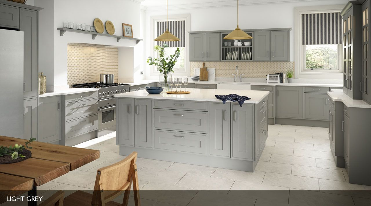 An in-frame effect Sheraton kitchen, with a smooth painted finish ...