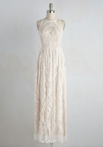 Vintage-Inspired White Lace Summer Dresses