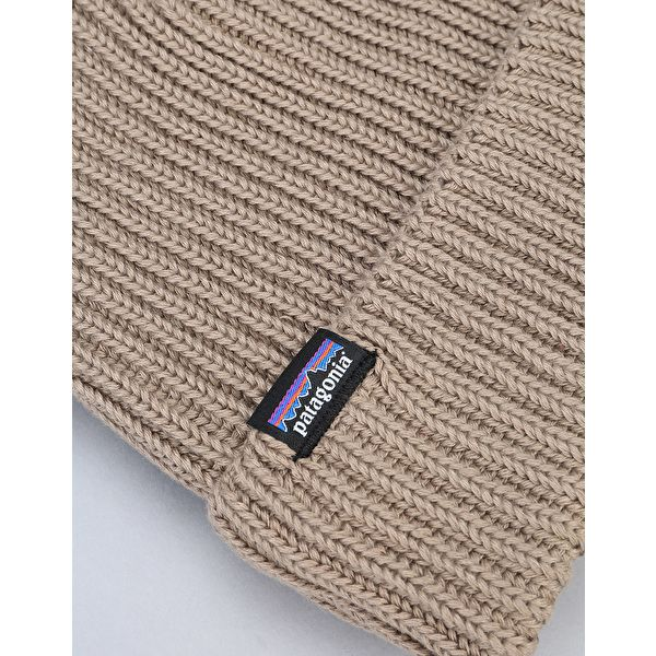 2135c372 Patagonia Fisherman Rolled Beanie - Ash Tan | Present Ideas for ...