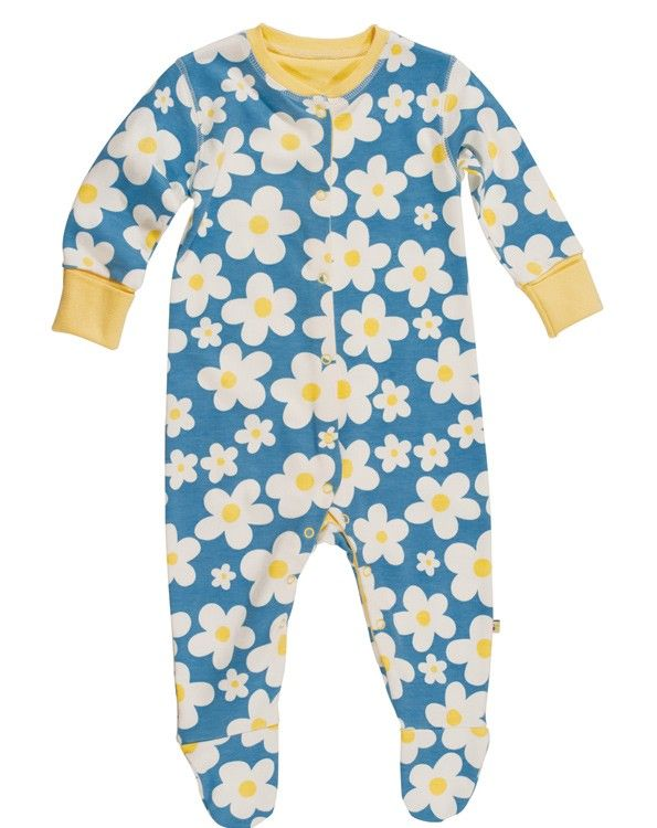 Daisy.. Daisy.. how does your garden grow? Your little girl will look as pretty as picture in this daisy babygrow! With integral scratch mitts and flat seams to protect her delicate skin.