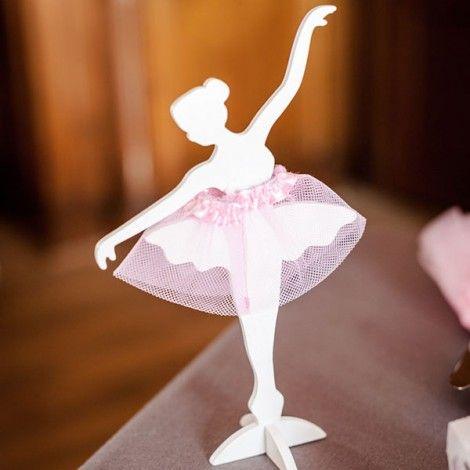 56fbded65 Centro de mesa bailarina clásica madera con tutú de tul ...