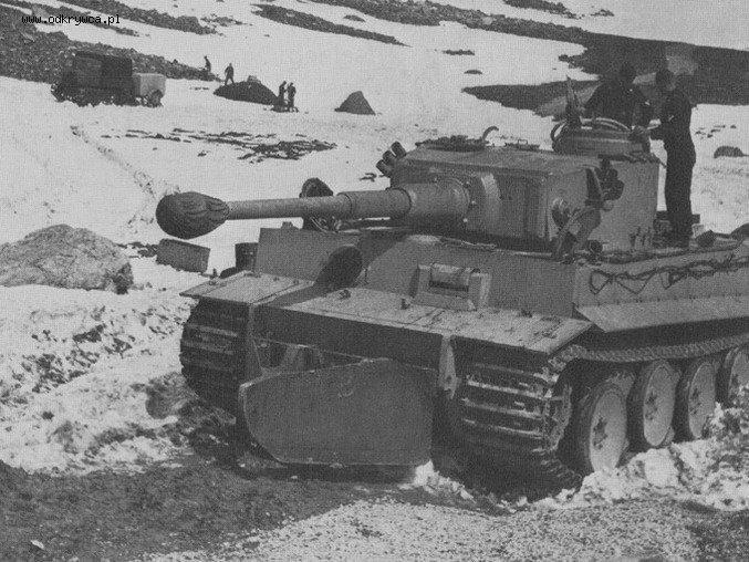 """PzKpfw VI Tiger I """"quitanieves"""""""