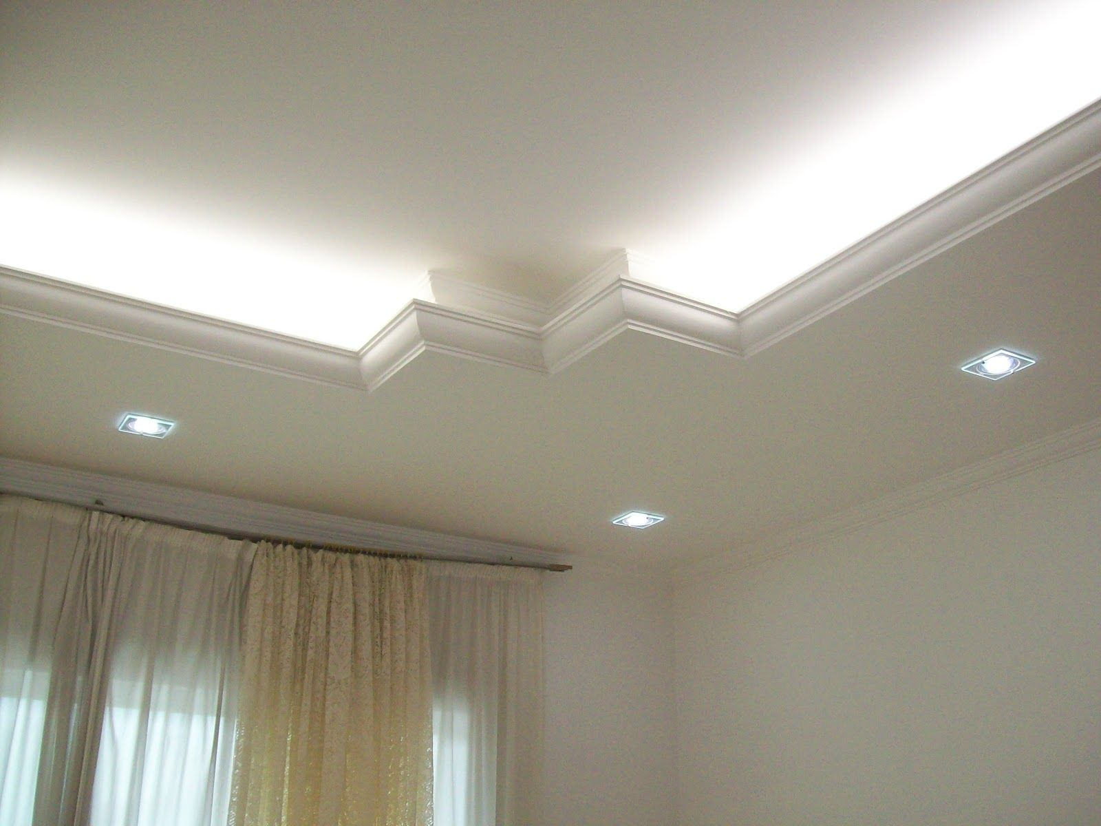 J marcos gesso modelos de forro iluminaci n for Sala de estar iluminacion