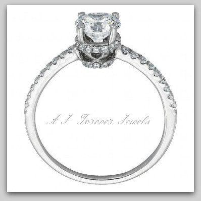Brilliant Round Cut simulant Diamond 10k Gold Engagement Ring