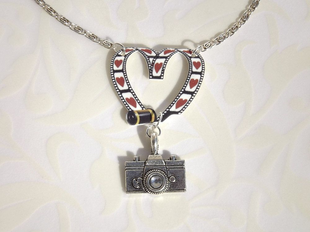 photography necklace for commercial product photographyand jewelry custom printing catalog