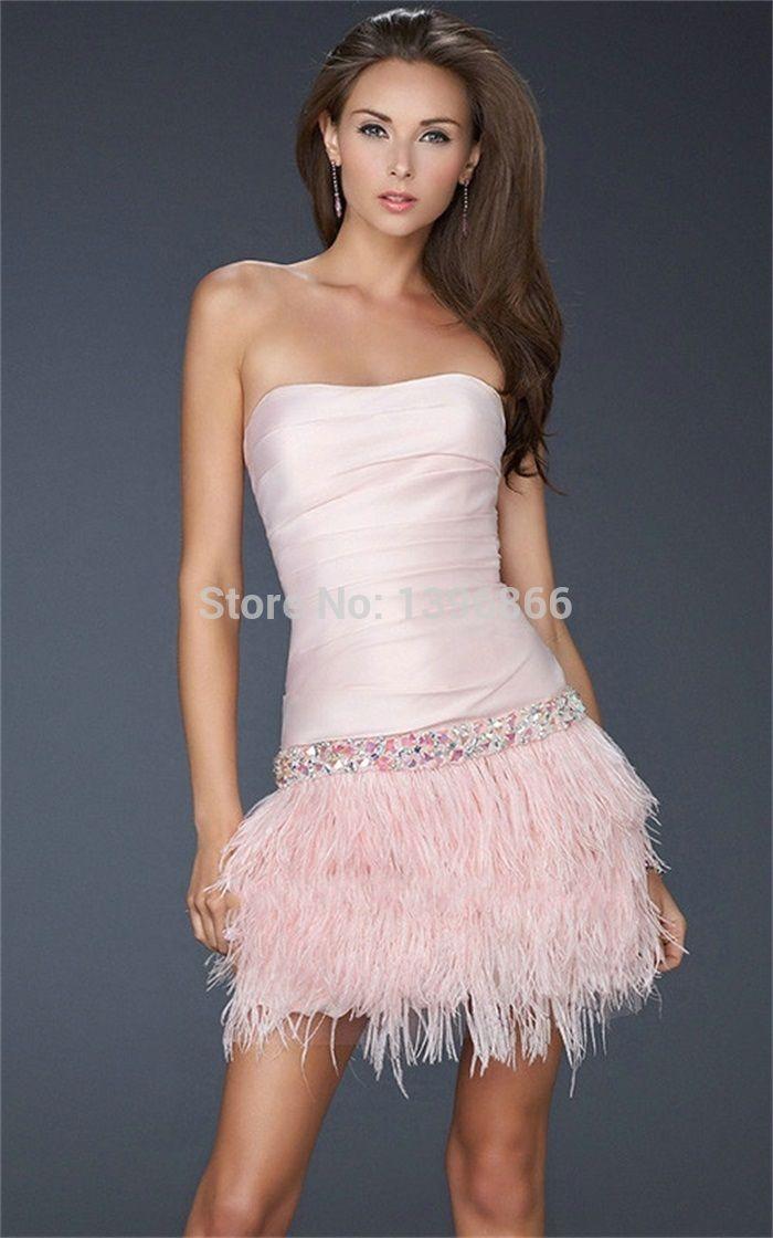 Vestido coctel en color rosa palo y con adorno de plumas - Color rosa palo ...